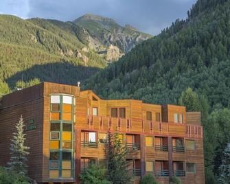 Ice House Suites and Condominiums - Telluride - Building