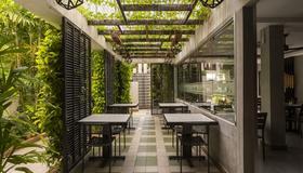 Sovanna Hotel - Nom Pen - Restaurante