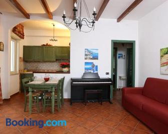 Ancora Bianca Beach Residence - Terme Vigliatore - Living room