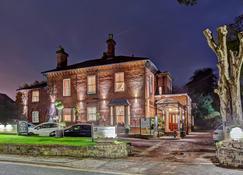 The Alexandra Court Hotel - Congleton - Building