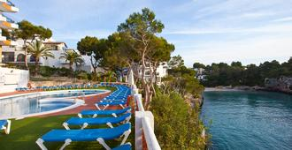 Hotel Cala Ferrera - Cala d'Or - Pool