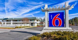 Motel 6 South Lake Tahoe - South Lake Tahoe - Rakennus