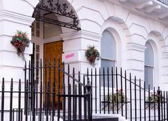 Smart Russell Square Hostel - Londra - Dış görünüm