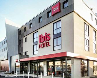 ibis Niort Est Mendes France - Niort - Building