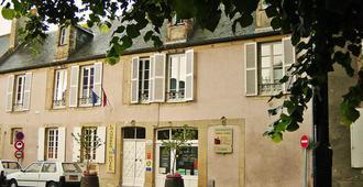 Logis Les Remparts - Bayeux - Edificio