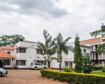 Bilkon Hotel - Jinja - Building