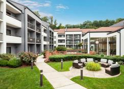 Courtyard by Marriott Tarrytown Westchester County - Tarrytown - Byggnad