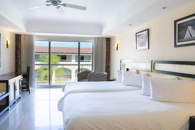 Sandos Playacar Beach Resort - Playa del Carmen - Bedroom