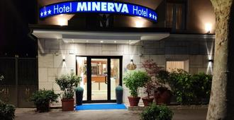 Hotel Minerva - Ravenna - Toà nhà