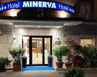 Hotel Minerva - Ravenna - Building