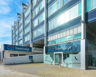 Travelodge London Teddington - Teddington - Building