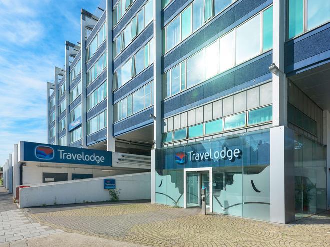 Travelodge London Teddington - Teddington - Building