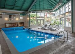 Gibsons Garden Hotel - Gibsons - Zwembad