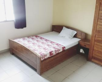 Hôtel La Cachette Des Copains - Douala - Slaapkamer