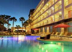 DoubleTree by Hilton Galveston Beach - Galveston - Pool