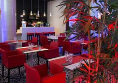 Casino Hotel Des Palmiers - Hyères - Ravintola