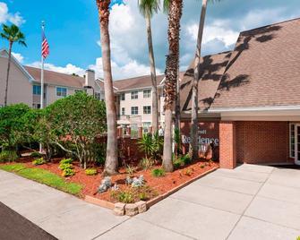 Residence Inn by Marriott Tampa Sabal Park/Brandon - Tampa - Building