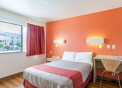 Motel 6 Rock Springs, WY - Rock Springs - Bedroom