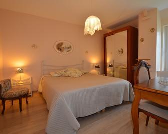 Chambre d'hôtes la Fontaine Garel - Iffendic - Camera da letto