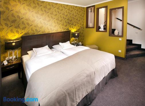 Hotel Moseltor - Traben-Trarbach - Bedroom