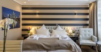 Skyline Hotel - פרנקפורט אם מיין - חדר שינה