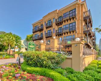 Ocean Inn and Suites - Saint Simons - Building