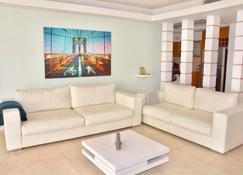 Sweethome26 - Luxury Apartment Eilat - Eilat - Stue