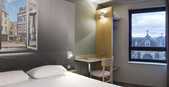 B&B Hotel Rouen Centre St Sever - רואה - חדר שינה