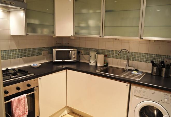 Edinburgh Caledonian Guesthouse - Edinburgh - Kitchen