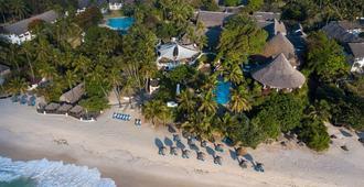 Leisure Lodge Beach & Golf Resort - Diani Beach - Strand