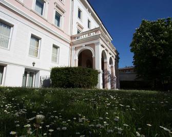 Greif Hotel Maria Theresia - Triest - Gebäude