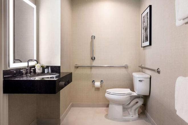 Shelburne Hotel & Suites By Affinia - New York - Bathroom