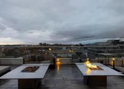 Hotel Estelar Parque De La 93 - Bogotá - Balcony