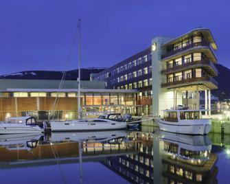 Quality Hotel Ulstein - Ulsteinvik - Building