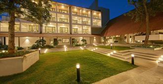 Signature Club Resort - באנגאלור