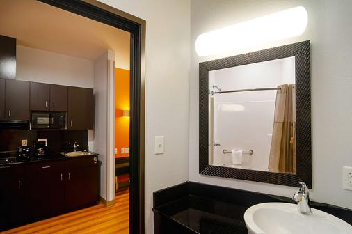 Motel 6 Midland - Tx - Midland - Bedroom