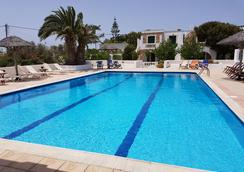 Naxos Beach Hotel - Naxos - Pool