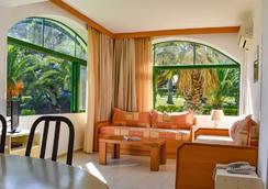 Govino Bay - Corfu - Living room