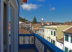 Porto Pim Guest House - Horta - Balkon