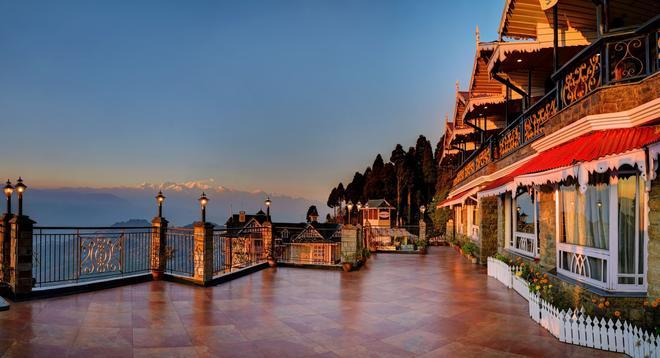 Summit Grace Hotel - Darjeeling