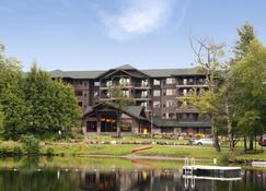 Hampton Inn & Suites- Lake Placid, NY - Lake Placid - Building