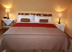 A Touch of Country B&B - Stratford - Schlafzimmer