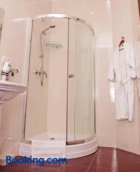 SV Park Hotel - Kharkiv - Bathroom