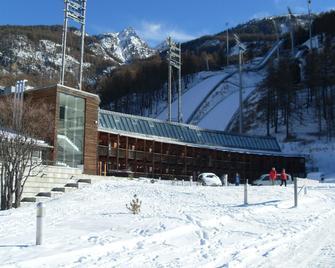 Hotel Ski Jumping Pragelato - Pragelato - Gebäude