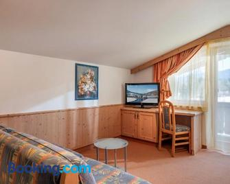 Pension Essbaum - Walchsee - Living room
