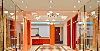 Pyramos Hotel - Paphos - Gebäude