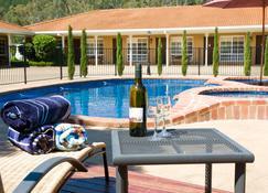 Ovens Valley Motor Inn - Bright - Pool