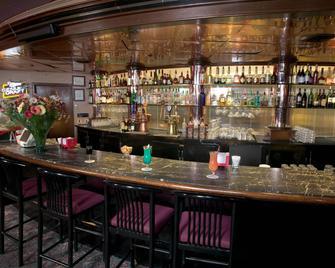 Red Lion Hotel Yakima Center - Yakima - Bar