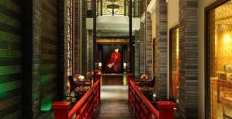 شانغهاي مانشين بانكوك - بانكوك - مدخل