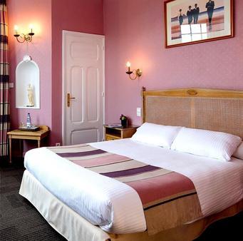 Hostellerie du Château d'As - Baume-les-Dames - Bedroom